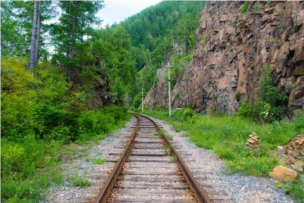 DSC 0589 Кругобайкальская железная дорога   85 км пути без единого хлебного киоска