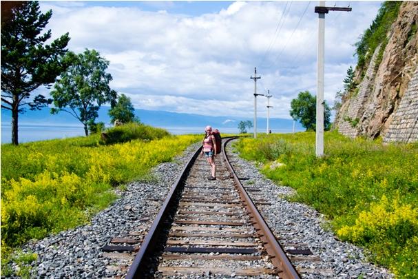 DSC 0853 Кругобайкальская железная дорога   85 км пути без единого хлебного киоска