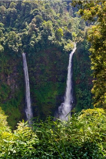 DSC 0154 Лаос: водопады на плато Болавен