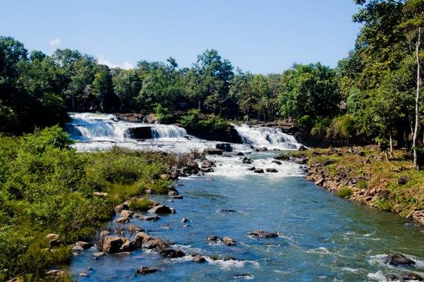 DSC 0242 Лаос: водопады на плато Болавен