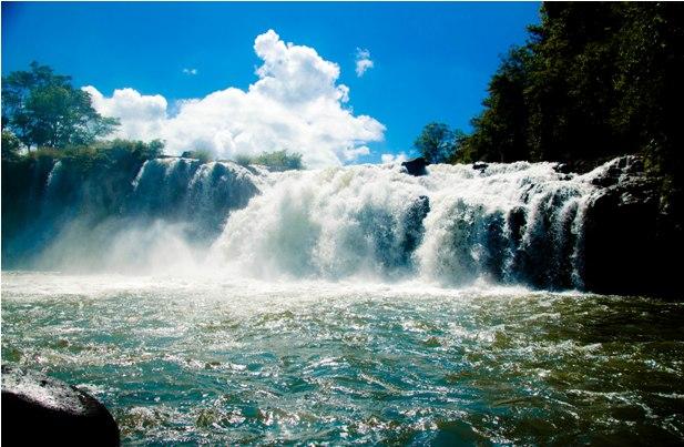 DSC 0260 Лаос: водопады на плато Болавен