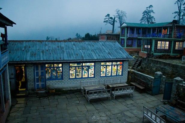 DSC 0200 Месяц на треке в районе Аннапурны (часть 1): Kathmandu   Nadi Bazar   Gagat   Bagarchhap   Timang