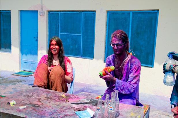 11 183 Холи в Варанаси   праздник красок и весны