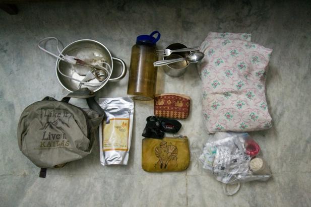 DSC 0165 Что в рюкзаке у девочки бекпекера?