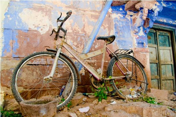 DSC 1006 Синие стены старого города